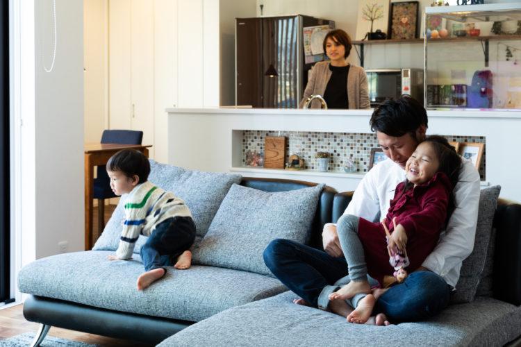 吹き抜けの開放感+ブルックリンスタイル。共働き夫婦のための家事ラクプランの家